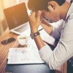 Como o estresse no ambiente de trabalho pode te afetar