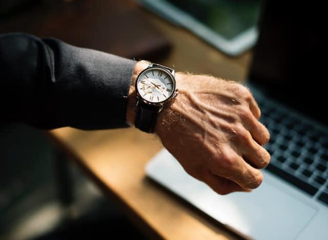 Como informar disponibilidade de horário no currículo